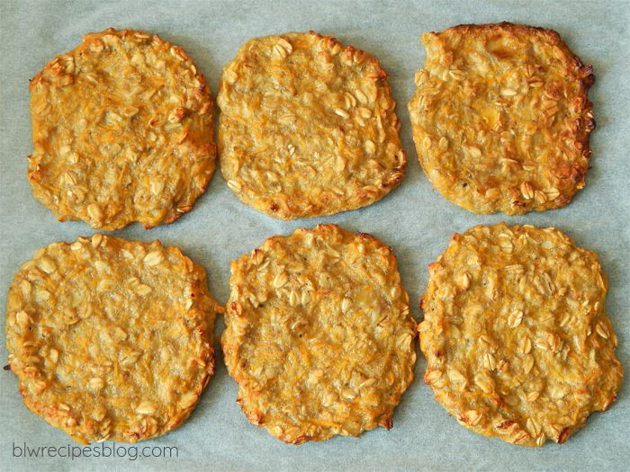 Healthy oat and carrot fritters from the oven